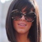 Cabelo chanel com franja lateral